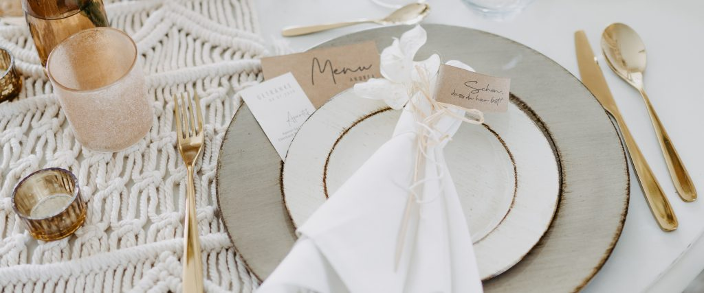 wedding-hochzeit-fine-art-papeterie-menukarte-tisch-dekoration-konzept