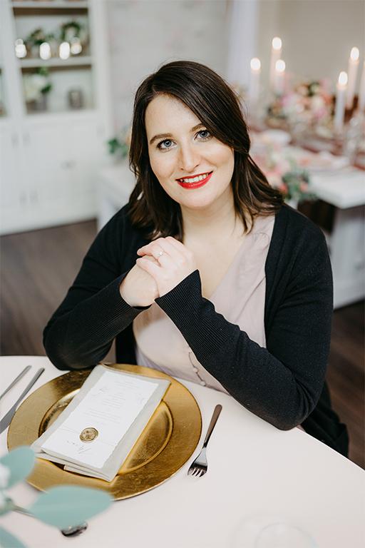 annasart-anna-hellmann-inhaber-leitung-grafik-designerin-business-woman
