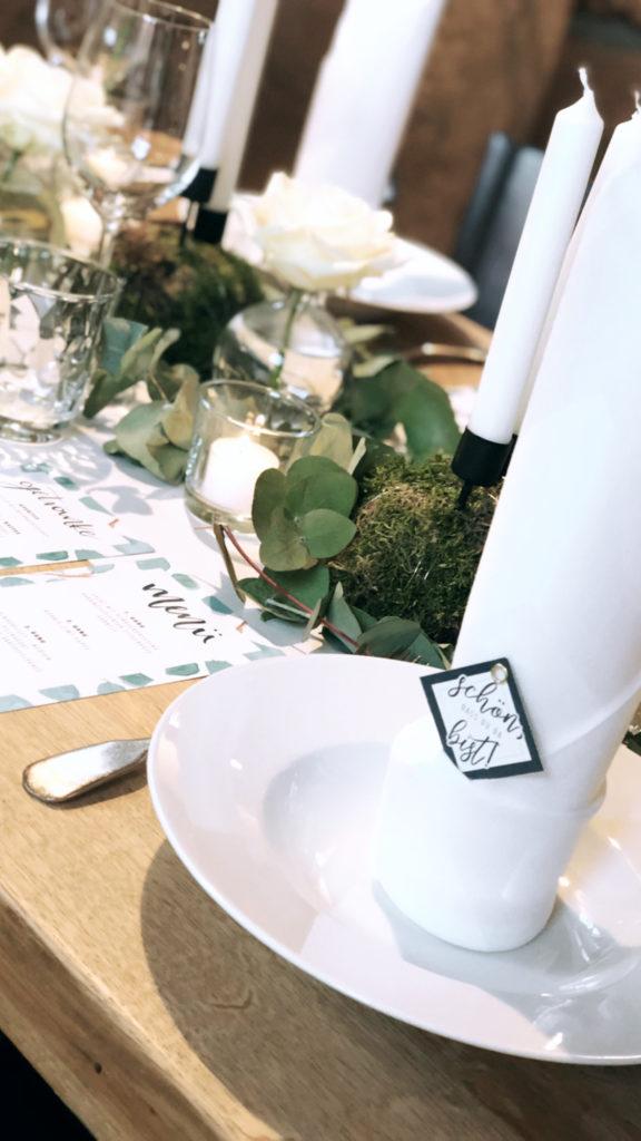 wedding-hochzeit-fine-art-papeterie-sarah-greenery-eucalyptus-tisch-dekoration-serviette