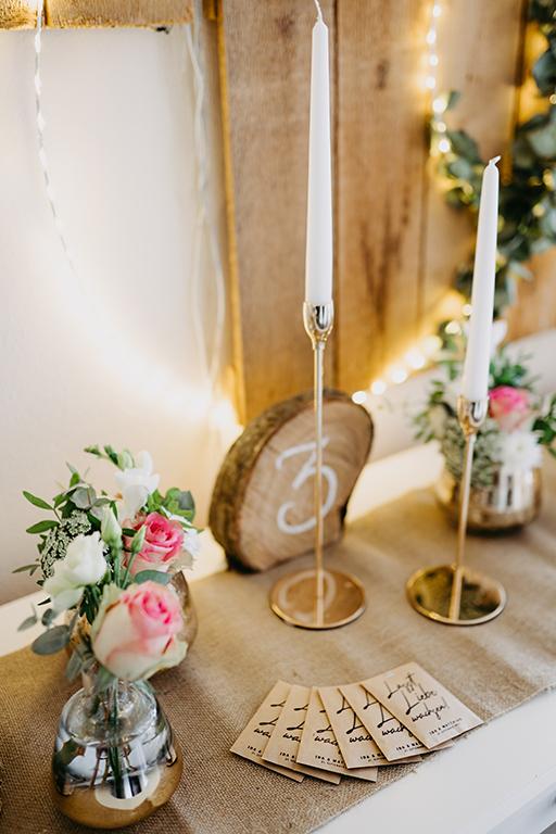 wedding-hochzeit-fine-art-papeterie-gastgeschenk-lasst-liebe-wachsen-kraftpapier-beutel-holz