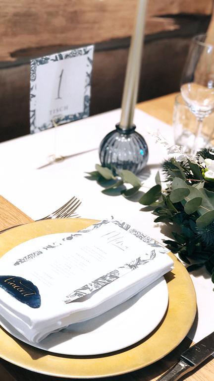 wedding-hochzeit-fine-art-papeterie-daniela-placecard-achat-namensschild-tisch-konzept-dekoration