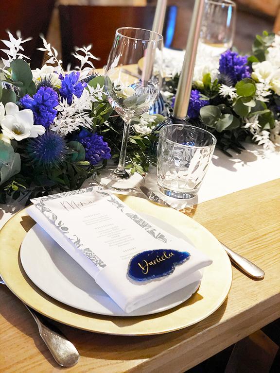 wedding-hochzeit-fine-art-papeterie-daniela-placecard-tisch-konzept-dekoration-blumen