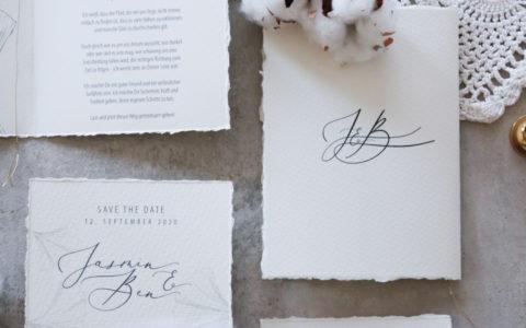 annasart-grafikstudio-papeterie-jasmin-gold-siegel-buettenpapier-save-the-date-logo-vows