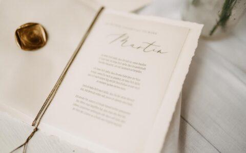 Eheversprechen-handmade-gold-waxseal-vows